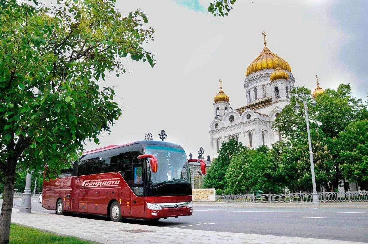 Аренда автобуса: 5 причин выбрать компанию Грандавто