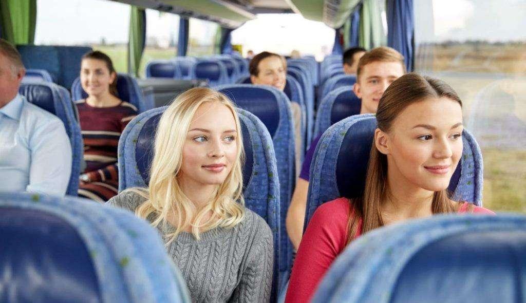 Осенний вояж: нюансы автобусных путешествий осенью