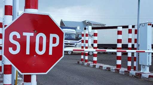 Кому можно сейчас выезжать в Беларусь и Россию? Ограничения пересечения белоруско-российской границы (простыми словами)