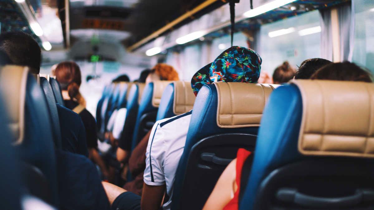 Безопасная поездка в транспорте во время эпидемии коронавируса