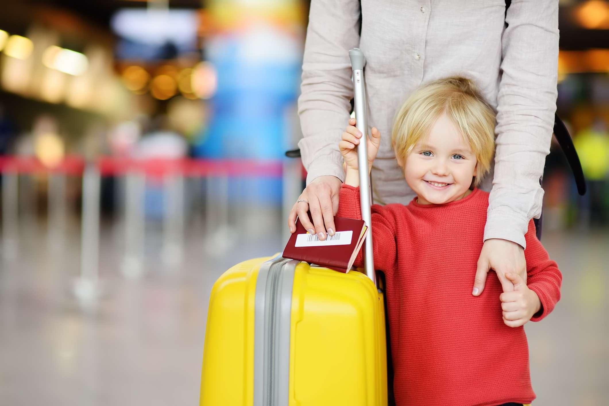 За границу с детьми: правила пересечения границы