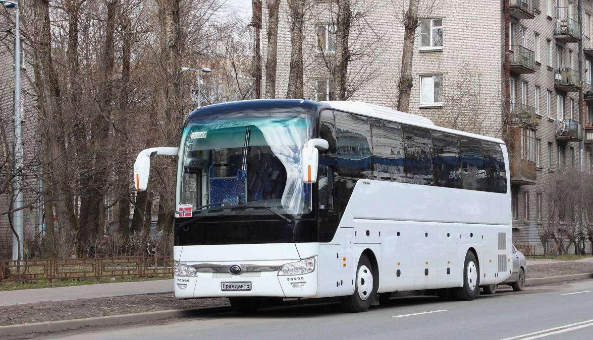 Новый автобус для пассажиров компании Грандавто